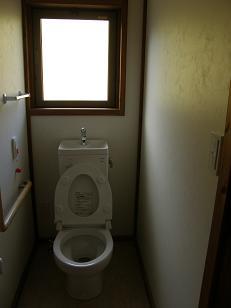 PB070009トイレ.JPG